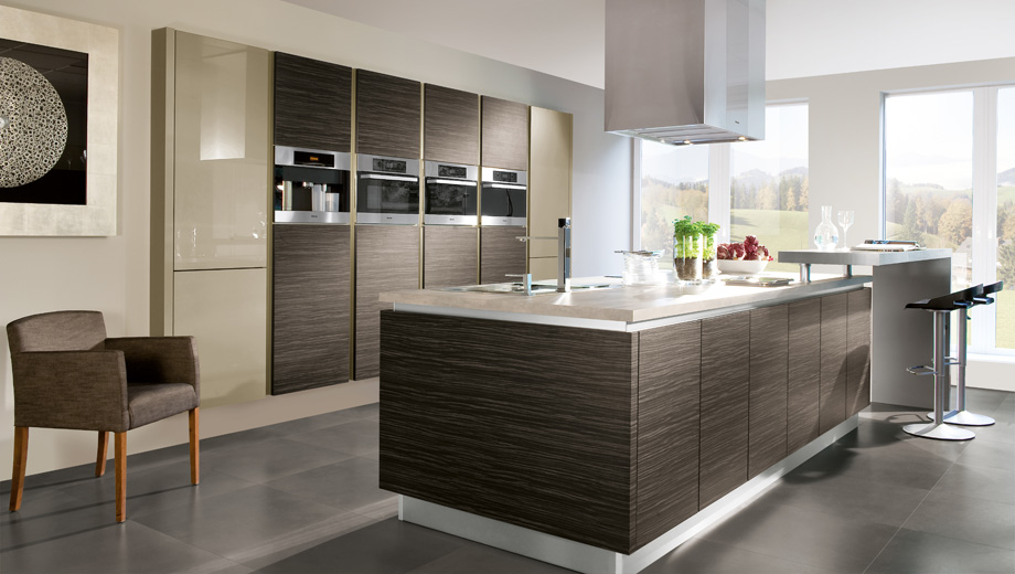 Contemporary kitchen sterling carpentry for Modern kitchen images