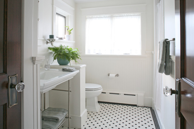 30 Great Pictures And Ideas Of Old Fashioned Bathroom Tile: Traditional Bathroom
